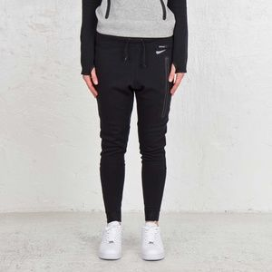 Nike Tech Fleece Womens Jogger Pants Size Medium